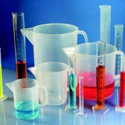 KARTELL plastično laboratorijsko posuđe